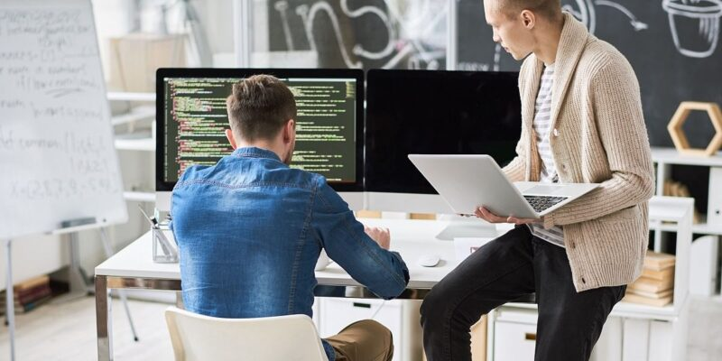 What Is MERN Stack And Benefits Of Using MEAN Stack Development Services?