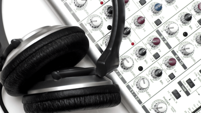 Essential Home Recording Studio Equipment for the Beginners
